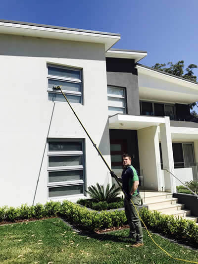 domestic window cleaning in castle hill with waterfed pole
